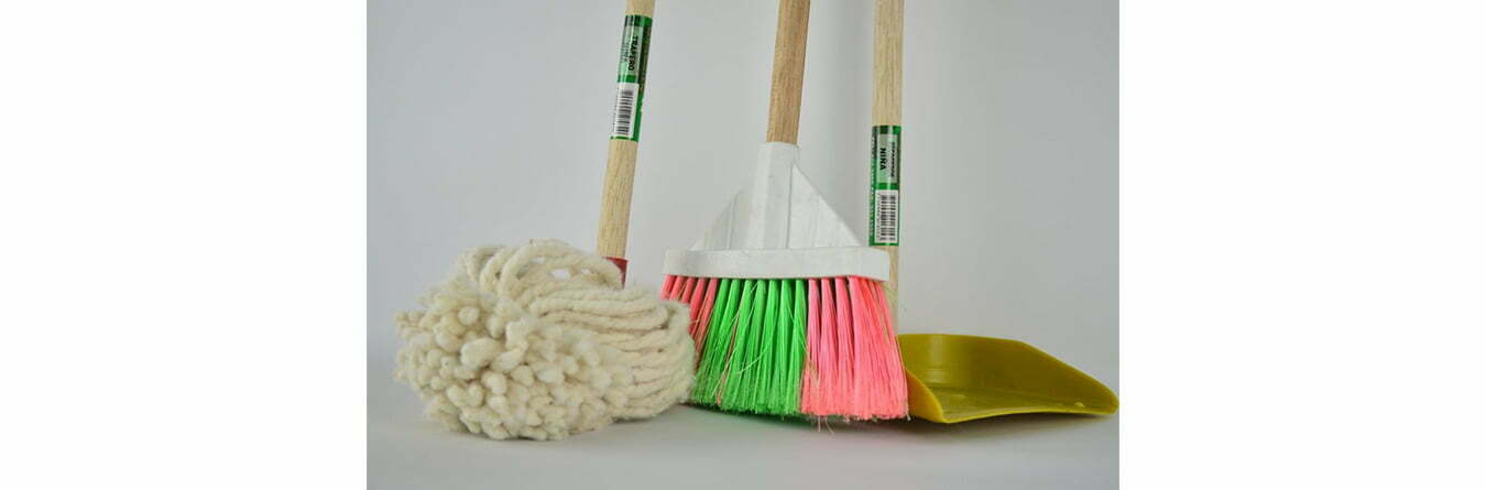 broom mop and dust pan